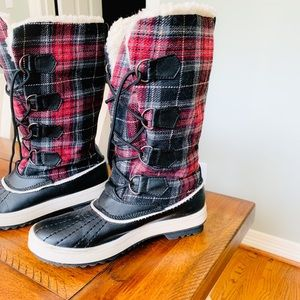Women's Plaid Lace Up Wool Boots